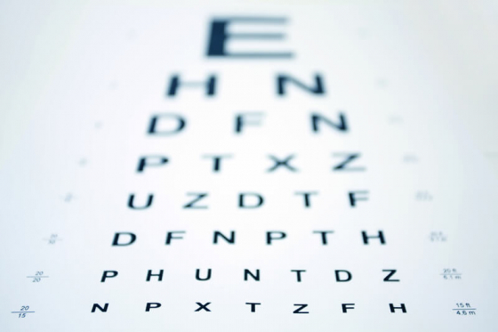 snellen chart slighlty blurred